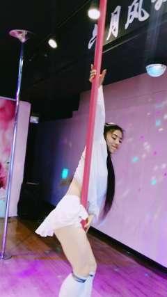 常州新北万达高空舞蹈古风钢管舞零基础成人舞