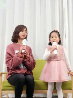 儿童唱歌机带话筒幼儿玩具卡拉ok麦克风无线带扩
