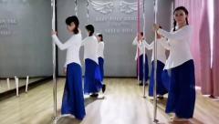 荆州沙市贝贝流行舞钢管舞情深深雨蒙蒙
