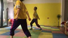 抖音热舞四首舞蹈教学