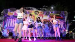 韩国大长腿女团BADKIZ,现场热舞饭拍。