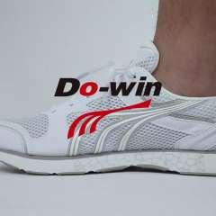 多威马拉鬆跑鞋男19新款夏季透气体育生训练鞋女