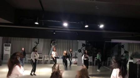 合肥立晨流行爵士舞 钢管舞 古典舞 承接各类演