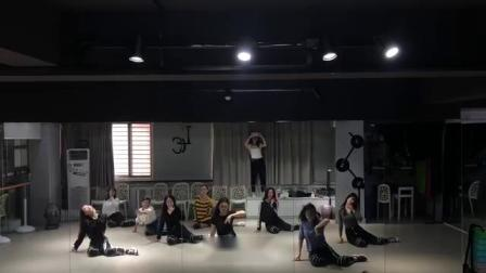 合肥立晨11年经验教学 成人舞蹈流行爵士舞 钢管