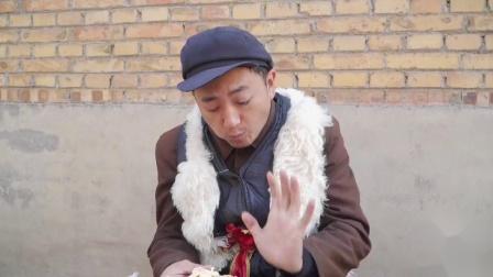 搞笑短剧:小伙卖橘子玩套路,谁料美女拿一筐