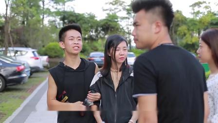 闽南语搞笑视频:妻子意外打嗝,却让丈夫决心