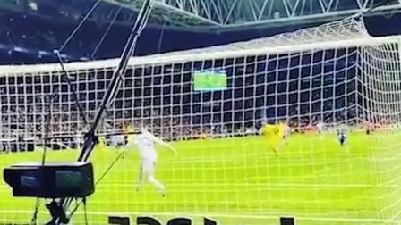 现场实拍西甲武磊上场西班牙人球迷反应冷淡,单刀攻破巴萨大门让全场沸腾