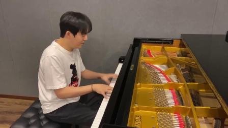 李云迪为武汉网友加油:通过音乐为大家打气!
