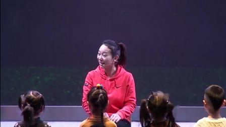 中班音乐活动《快乐的小企鹅》执教:薛金金(开封市世纪星幼儿园)