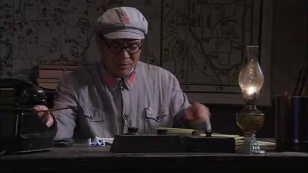 刘伯承元帅:校长还在加班熬夜,被吐槽违反规