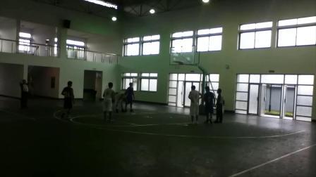 2011年富通篮球赛轩哥集锦