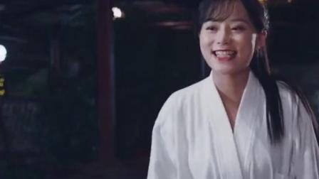 陈翔六点半:美女到澡堂洗澡,却因老板一句话