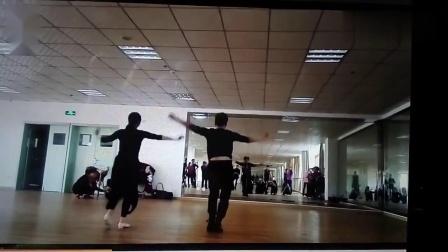 背面带跳广场舞-我的九寨 莺歌燕舞演示 藏族舞蹈 经典歌曲