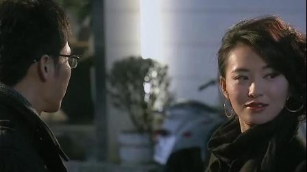 北京爱情故事:李晨被美女强吻 这片内容好大胆