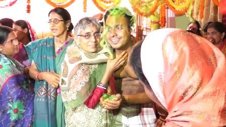 我们的印度婚礼-为新郎祈福