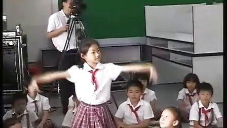 小学二年级音乐优质课视频《舞蹈训练课》 罗婷