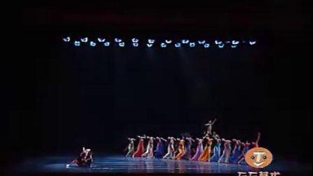 女子群舞《小河淌水》