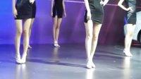 2015广州车展北京现代车模表演 08