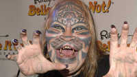 男子花140多万整形数十次成老虎,竟是因为一个传统