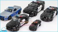 变形金刚 霸天虎 狂派 欺骗路障 警察车 五台车 转型机器人 车玩具 北美国玩具 惊喜玩具 【 俊和他的玩具们 】