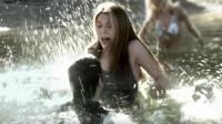 三分钟看电影《湖底走出的丧尸》, 有个恶作剧男友, 整天都活在惊吓之中!