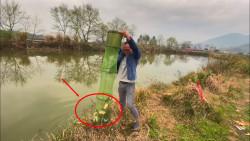 钓鱼:这才叫钓鱼妙手,鱼竿断了还能上10多斤,太牛了