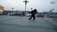 中国鬼步舞代表人物—— 鬼鳳!见证一下什么是鬼步舞 标清 标清