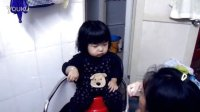 QQ小妹吃饭