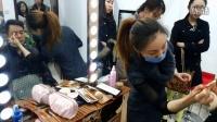 中视时尚教育学生给高安化妆