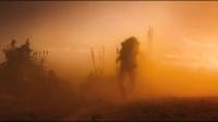 《瘋狂的麥克斯:狂暴之路》先行版預告片 酷刑、飛車、槍戰輪番上演