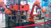 2013年上海埃森展思尔特机器人冲压线案例