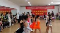 绥中飞天舞校的学生们的展示