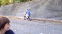視頻: WHAMMO STREET SWEEPERS