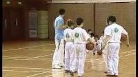 小學五年級體育教學視頻《運球及游戲》第四屆全國體育觀摩課教學視頻