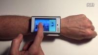 醉了!外国将大手机做成智能手表