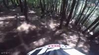 163_明升体育大神_Phil_Kmetz_测试沃尔玛买来的山地车能否应对专业赛道