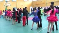 北京小卢吉特巴团队在小卢团队燕郊吉特巴联谊舞会跨年庆典上表演吉特巴集体舞(跳舞网录制)