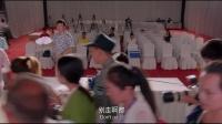 實力搶頭條!李菁在佟大爲發布會上追打狗仔