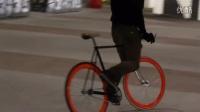 死飛起跳的時候輪胎掉了死飛自行車視頻