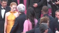 现场:全娱乐直击70届戛纳国际电影节红毯 粉裙范冰冰牵手威尔史密斯
