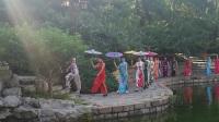 呼北社区时装表演《团结湖公园旗袍秀》