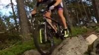 視頻: Jesper Andersson rolling in the Swedish forrest on his Lauf Trail Racer