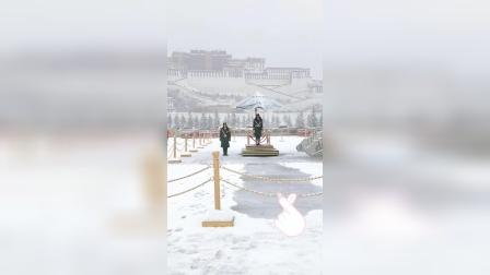 在风雪中依然屹立的男神,向伟大的中国军人致