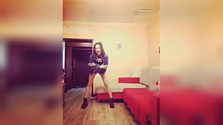 【LEEYUHK】 美女微拍 美女热舞自拍微拍美女热舞