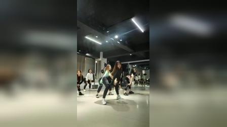 成人零基础流行舞蹈 合肥立晨培训爵士舞 钢管舞