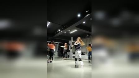 成人流行舞蹈专业培训 合肥立晨爵士舞 钢管