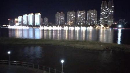 江边音乐喷泉