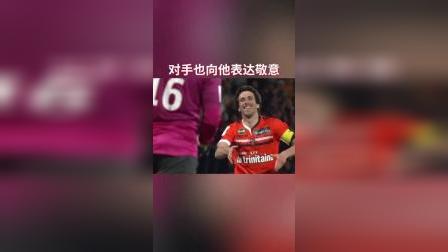 AOA体育  兢兢业业镇守防线13年,老后卫生涯最后一战收获首球!#法甲