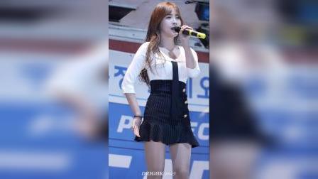1503.可爱的鳟鱼仙子出现了!新人歌手姜雅敏的魅力 美女舞蹈。 韩舞饭拍89q