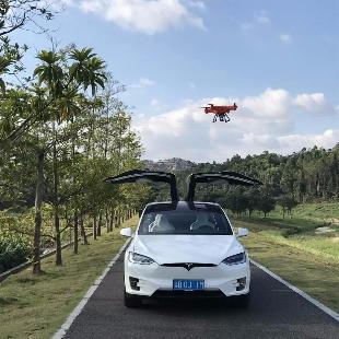 Tesla超级粉丝小马哥